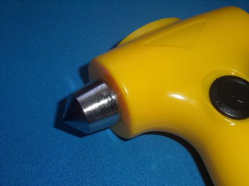 Аварийный молоток с динамо-фонарем (фото, вид 4)