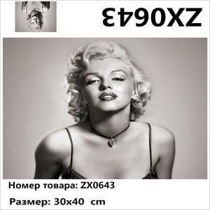 "АМ34 ZX0643 ""Черно-белая Мэрилин Монро"", 30х40 см"